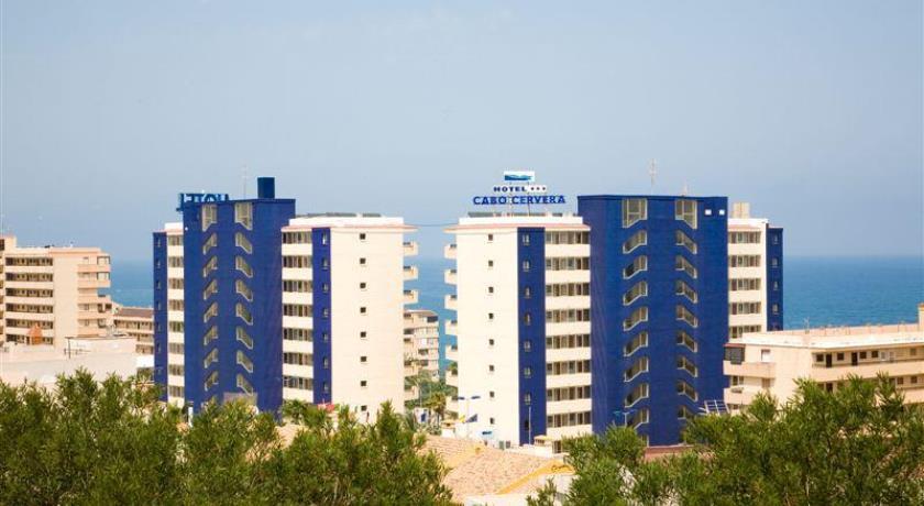 Xpert-Camps - Alojamiento Hotel Cabo Cervera